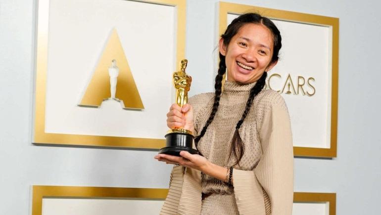 ZHAO : 1st Asian Woman To Win Best Director Oscar