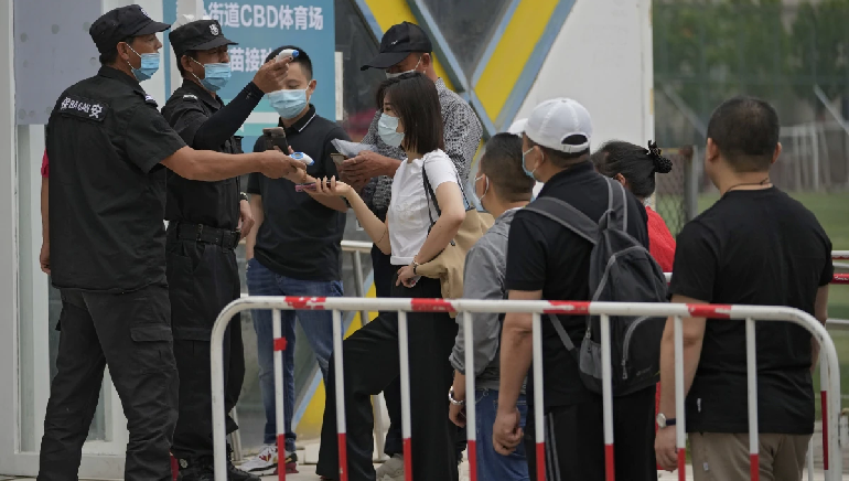 Chinese Officials Video's Of Locking People Surfacing As Delta Variant Cases Surge