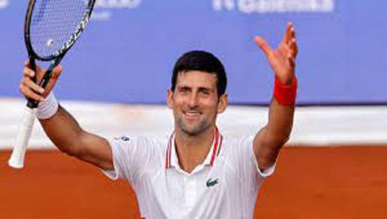 Djokovic Battles To Reach US Open Quarter-Finals