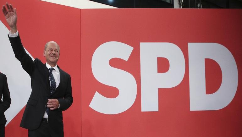 Social Democrats Narrowly Beat Angela Merkel's bloc In German Vote