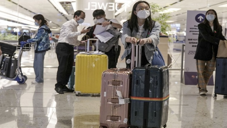 The Thai government plans to lift the quarantine on vaccinated travelers from Singapore and nine other countries